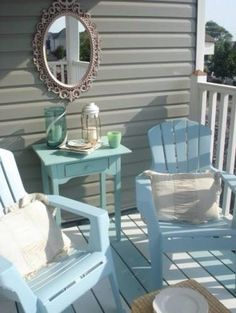 Traditional Porch Front Porch Design, Pictures, Remodel, Decor and Ideas - page 11 Beach Cottage Style, Beach House Decor, Home Decor, Beach Houses, Beach Condo, Style At Home, Deco Cool, Traditional Porch, Patio Umbrellas