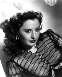 Barbara Stanwyck July, 1907 - 20 January, enchanting American actress, rules the dim and dirty streets of film noir. The definitive. Old Hollywood Glamour, Golden Age Of Hollywood, Vintage Hollywood, Hollywood Stars, Classic Hollywood, Hollywood Couples, Hollywood Icons, Santa Monica, Deborah Kerr
