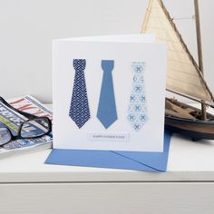 Make a ties card - ideal for Father's Day :: Handmade card ideas Fathers Day Cards, Happy Fathers Day, Make A Tie, How To Make, Father's Day Diy, Homemade Cards, Free Knitting, Making Ideas, Easy Crafts