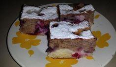 Hrnčekový liaty koláč s tvarohom a ovocím | DobreJedlo.sk