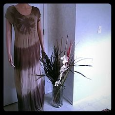 Dress Almost floor length, light material Romeo & Juliet Couture Dresses