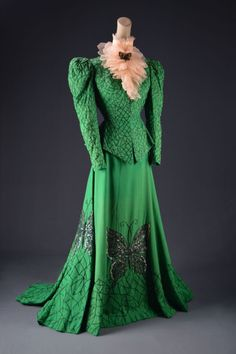 This costume, designed by MGM costume designer Helen Rose for the 1946 film The Harvey Girls perfectly illustrates the simplified theme of good girls versus bad birds. It is ornamented with spider. Helen Rose, Hollywood Costume, Hollywood Fashion, Hollywood Style, Movie Costumes, Girl Costumes, Costumes Couture, Theatre Costumes, Palm Springs