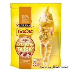 Go-Cat Crunchy Tender Chicken Turkey Vegetables Flavoured Cat Food 4 x 800g Go Cat Crunchy and Tender ia a 100 complete balanced pet food that offers two different textures for your cats enjoyment at meal times.