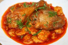 "Romanian Food For Foreigners: Mains Papricas de pui cu galuscute ""Paprika chicken with dumplings"" Austrian Recipes, Turkish Recipes, Romanian Recipes, Scottish Recipes, Ravioli, Romania Food, Kohlrabi Recipes, European Cuisine, European Dishes"