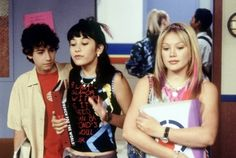 "25 Important Fashion Lessons from ""Lizzie McGuire"""