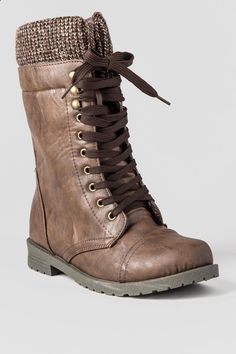 Distress Me Not Combat Boot- brwn-cl