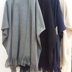 #poncho #in maglia #frange #piu #coloriiii #valeria #abbigliamento