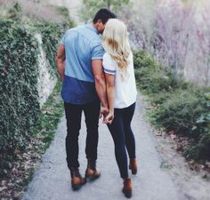 Awesome Whitney Carson Engagement Photo Ideas You Need To Try Cute Relationships, Relationship Goals, Youre My Person, Love Is In The Air, Photo Couple, Shooting Photo, Young Love, Engagement Pictures, Fall Engagement