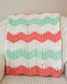 Living Happily Ever After: Chevron Baby Blankets. Love this colour combo - mint and coral