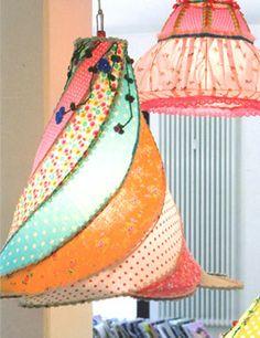 Taj Wood Scherer 8 sisters lampen - voor op Thura's kamer.