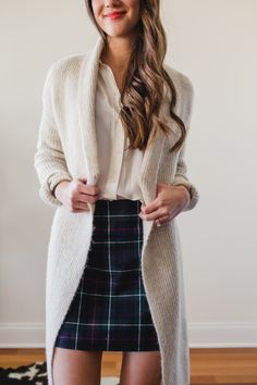 How to style a plaid skirt four ways, this is the dinner with friends look. The next feature in my Winter capsule wardrobe remix series: How to wear a plaid skirt, FOUR ways. Plaid is perfect for Winter, see how to wear it.