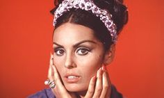 In the 1970s Daliah Lavi left the silver screen behind and started a new career as a singer. She was particularly popular in Germany.