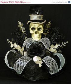 Halloween Table Centerpiece, Skull Centerpiece, Poly Deco Mesh