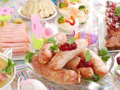 10 pomysłów na wielkanocną białą kiełbasę Easter Hymns, Christian Holidays, Easter Monday, Easter Lamb, Cold Dishes, Roasted Meat, Easter Activities, Holiday Cakes, Easter Table