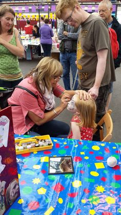Face painting at Upmarket Sunday