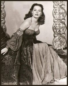 Sultry and Sexy Maureen O'Hara.