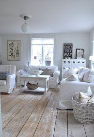 Vita Verandan, wide plank wood floor