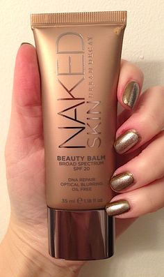 Urban Decay Naked Skin Beauty Balm BB Cream maybe try this for the summer Beauty Balm, Beauty Skin, All Things Beauty, Beauty Make Up, Professionelles Make Up, Eyeliner, Eyeshadow, Makeup Obsession, Urban Decay Makeup