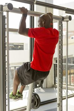 fit tip: Wide grip pull-ups are great for your upper body and core muscles. Share if you intend to try this move. Chest Muscles, Core Muscles, Back Muscles, Reto Fitness, Fitness Tips, Fitness Motivation, Health Challenge, Workout Challenge, Burpees
