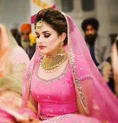 Bridal Hairstyle Indian Wedding, Indian Wedding Bride, Indian Bridal Wear, Bridal Suits Punjabi, Punjabi Bride, Bridal Looks, Bridal Style, Engagement Lehnga, Brides Maid Proposal