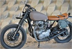 YAMAHA XS650 SCRAMBLER | BY LEFT HAND CYCLES. This is a awsome bike. Going to check one out in the near future.