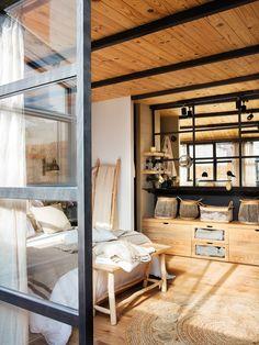 Tavan de sticlă și dormitor pe acoperiș într-o mansardă de 60 m² Jurnal de design interior