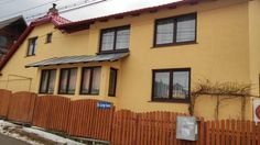 Casa Doina Bu�teni Offering views of Bucegi Moutains, Casa Doina is situated in Poiana ?apului area, in Bu?teni. It features free WiFi throughout the property.  Rooms include a TV with cable channels. They come with a private bathroom with free toiletries and a...