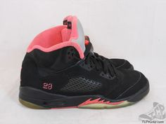 US Size Athletic Shoes for Girls Jordan V, Youth Shoes, Girls Shoes, Air Jordans, Athletic Shoes, Nike Air, Sneakers Nike, Fire, Retro