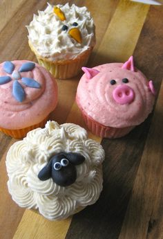 Farm animals Cupcakes.....cute for a kids birthday party or even Easter