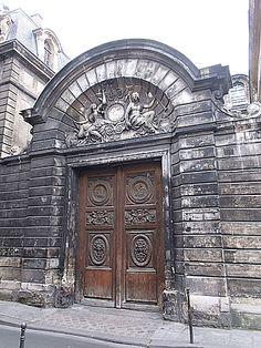 24 rue Ste-Croix-de-la-Bretonnerie, Paris