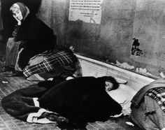 Robert Capa - Madrid. November-December, 1936. During the Italo-German air raids, many people took shelter in the subway stations.