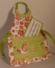 Apron Card! So cute! Printable template link given on website :-)