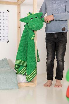 Ravelry: Woolytoons Blanket Dragon pattern by Tessa van Riet-Ernst Dragon Pattern, Your Best Friend, Softies, Cuddling, Ravelry, Crochet Patterns, Van, Blanket, Animals