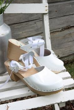 Silver lining On Life: Last clog from Dalarna!  Wedding Clogs!