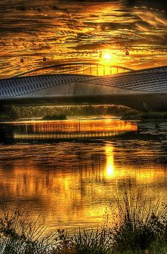 Beautiful sun reflection, Zaragoza, Aragon, Spain