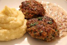 Rezept für Faschierte Laibchen mit Kartoffel-Sellerie Püree Tasty, Yummy Food, Cooking, Ethnic Recipes, Kind, Kitchen, Motto, Turmeric Shots, Healthy Lunches
