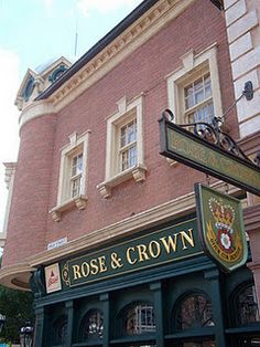Dining review of the Rose and Crown in Epcot
