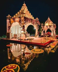 Your mandap stands out the most in your wedding pictures so you have to make sure that the decor is unique and eye-catching! Take a look at these 7 mandap decors for some inspiration! Wedding Hall Decorations, Desi Wedding Decor, Luxury Wedding Decor, Wedding Mandap, Wedding Blog, Wedding Receptions, Exotic Wedding, Flower Decorations, Wedding Ideas