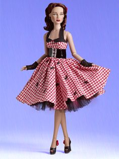 DIXIE - Expected to Arrive 6/8! | Tonner Doll Company    would make a fantastic Peggy Carter custom