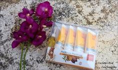 VLCC Pedicure Manicure Hand and Foot Care Kit  http://www.curiousandconfusedme.com/2016/11/vlcc-pedicure-footcare-kit-review/ #bbloggers #beautyblogger #indianblogger #VLCC #skincare #Affordable #footcare