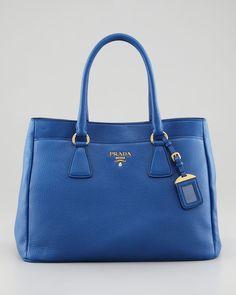 http://harrislove.com/prada-daino-outside-pocket-tote-bag-p-367.html