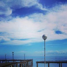 I love the clear blue sky...