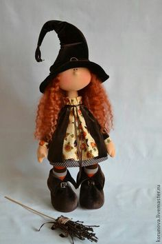 Pin by lala on dolls Halloween Doll, Halloween Crafts, Doll Clothes Patterns, Doll Patterns, Plush Dolls, Doll Toys, Waldorf Dolls, Soft Dolls, Cute Dolls