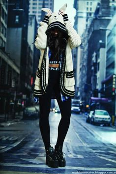 Look 47 Street Moda Outfits, Chic Outfits, Girl Outfits, Fashion Outfits, Look Fashion, Korean Fashion, Girl Fashion, Coats For Women, Clothes For Women