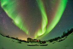 Northern lights above Yellowknife, Canada. /#aurora #Northern_Lights