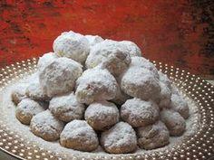Κουραμπιέδες Καλαματιανοί !!! ~ ΜΑΓΕΙΡΙΚΗ ΚΑΙ ΣΥΝΤΑΓΕΣ 2 Dessert Recipes, Desserts, Dear Santa, Food Styling, Biscuits, Muffin, Sweets, Cookies, Breakfast