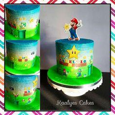 Mario Bros layer cake