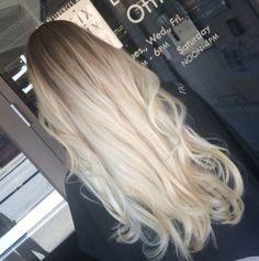 Blonde hair, long blond hair, platinum blonde ombre, platinum h Ombré Hair, Hair Day, Blonde Hair, Long Blond Hair, Ash Blonde, Blonde Color, Wavy Hair, Hair Color And Cut, Gorgeous Hair