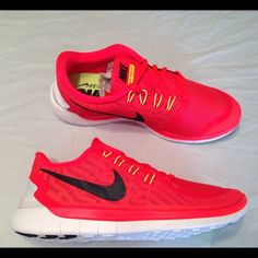 Men's Nike free 5.0 shoes sneakers •All offers are welcome •Brand new •Authentic •Box is not included ****CHEAPER THROUGH ♏️**** Nike Shoes Athletic Shoes