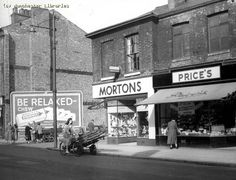 Stretford Rd, Hulme, 1958, ahh Prices bread was lovely!!!